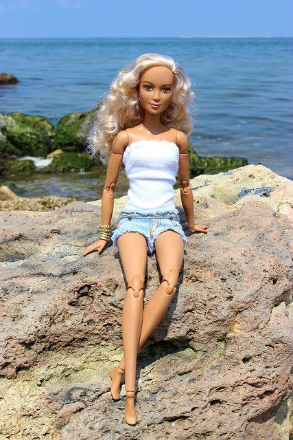 Made to move Barbie | Yulia Averina | Flickr