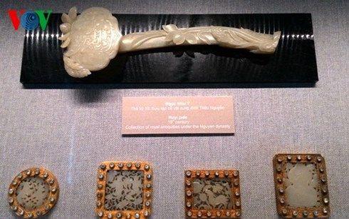 trưng bày hơn 100 món trang sức cổ việt nam  hình 1