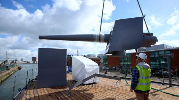 Part of United Kingdom history has been recreated by Belfast metalworkers. They have successfully manufactured replica guns for the only surviving ship that actively fought in the biggest naval battle of World War I.  HMS Caroline is set in the city docks and is finally ready to open up as a museum after the completion of a much needed restoration. It was 1916 off the cost of Denmark when it fought in the Battle of Jutland.
