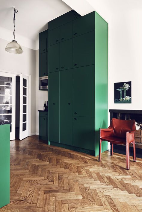 Green: our favorite underused interior color! Photo: J. Ingerstedt | @andwhatelse