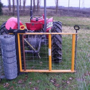 Quickfencer | New concept for the unrolling and tensioning of wire fencing