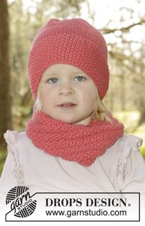 "Papaya Punch - Set consists of: Knitted DROPS neck warmer and hat with seed st in ""Nepal"". Size 1 - 10 years - Free pattern by DROPS Design"