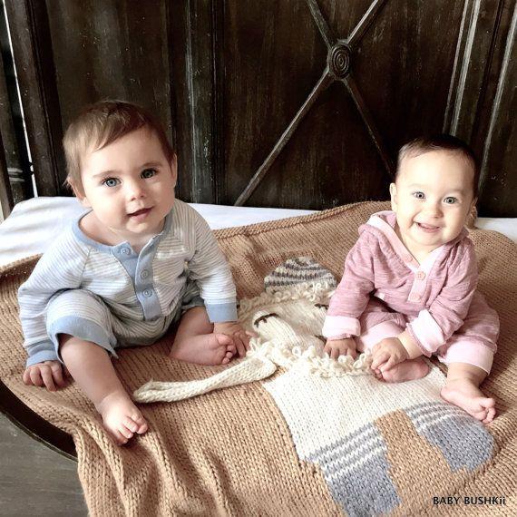Chunky Knit 3-D Lion Baby Blanket by BabyBushkii on Etsy