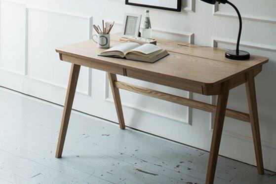 Deepgreen Kik desk.beautiful and practical