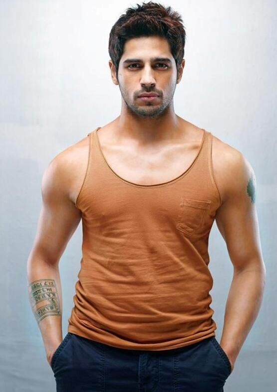 Sidharth Malhotra's promotional shoot for Ek Villain | PINKVILLA