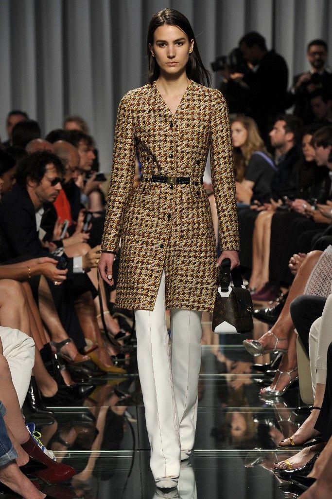 Louis Vuitton Resort 2015 - Slideshow - Runway, Fashion Week, Fashion Shows, Reviews and Fashion Images - WWD.com