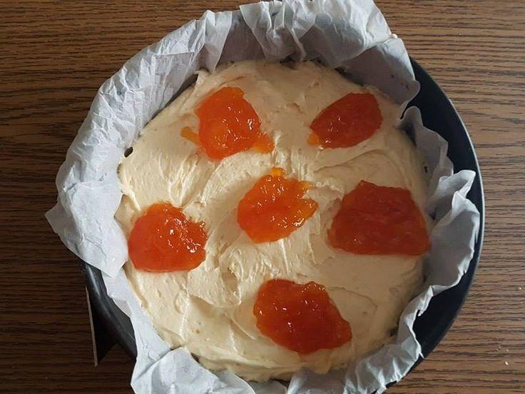 Torta morbida alla marmellata semplice e veloce Dulcisss in forno by Leyla