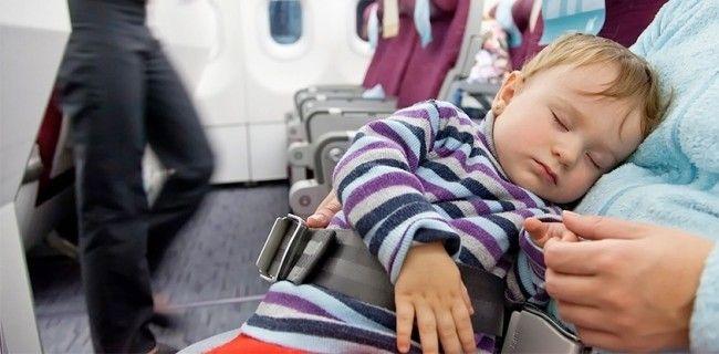 Ik krijg wel vaker van kersverse ouders te horen dat ze wat schrik hebben om op vliegvakantie te vertrekken na de komst van hun baby'tje. Maar dat is nergens voor nodig! Reizen is namelijk niet...