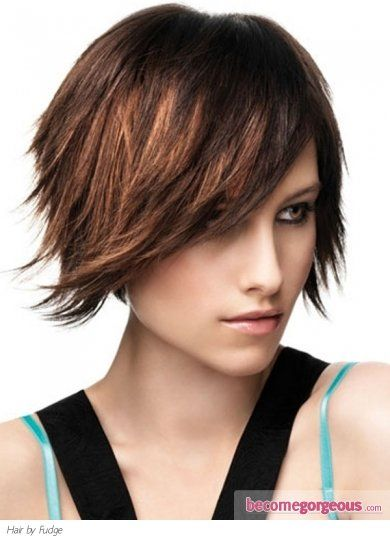 Pictures : Medium Long Hairstyles - Razor Cut Medium Hair Style