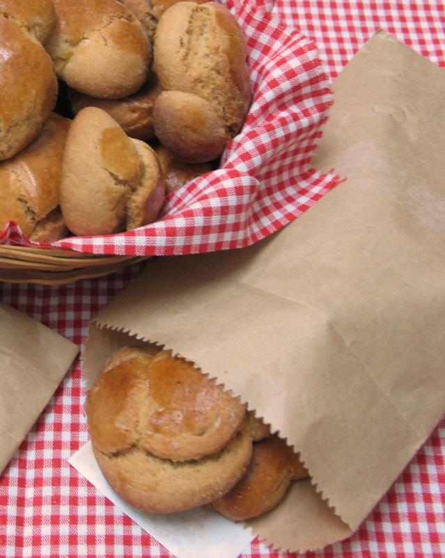Olive oil biscuits by Ana Ribeiro aka Arte e Luar