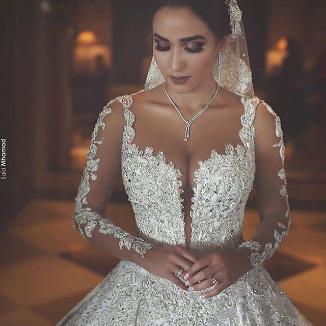 Gorgeous dress ❤️ via @dresses_gowns_fashion @dresses_gowns_fashion . . . . . . . . . . . .ph @saidmhamadphotography . .------------------------------------------ .#wedding #love #bride #bridetobe #amor #casamento #noiva #fashion #fashionista #hautecouture #weddinggown #weddinginspiration #pretty #romantic #bride #noiva #bridetobe #casamento #wedding #picoftheday #photooftheday #photoshoot #vestidodecasamento #weddingdress #vestido #boda #novia  #bbwinstagramersinstalikes #likes #instalikes…