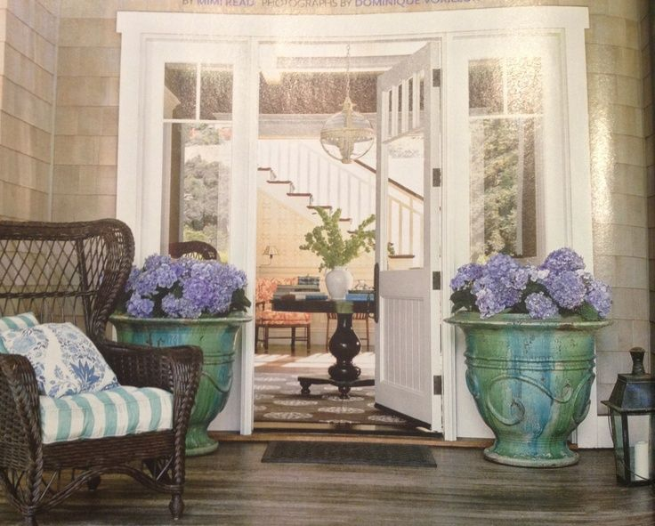 hydrangea landscaping front porch | Pin by BLUSH Sarah King on garden party | Pinterest