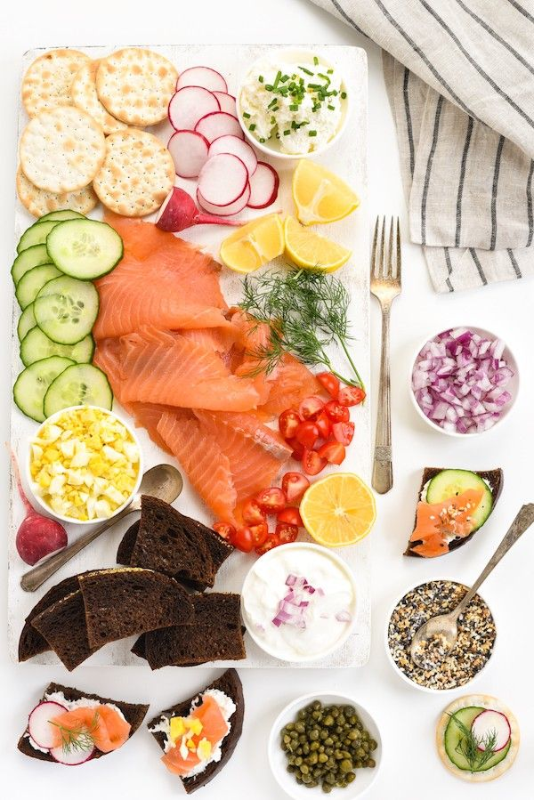 **PERFECT FOR NEW YEAR'S EVE** Smoked Salmon Crostini Bar - Impress party guests with this DIY spread. Assemble everything you see here in just 15 minutes! | foxeslovelemons.com