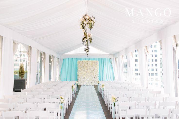 #blue #white #elegant #ceremony #ideas #rooftop #city #seating #wedding #weddingday #details #event #mangostudios #roses