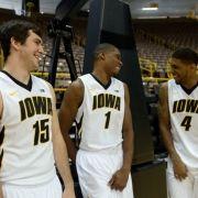 Iowa #Hawkeyes basketball.  #15-my favorite player!!!