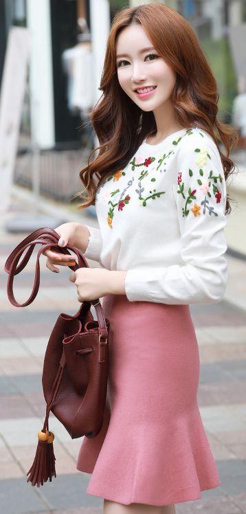 StyleOnme_Mermaid Silhouette Knit Skirt #pink #cute #koreanfashion #kstyle #kfashion #dailylook #skirt
