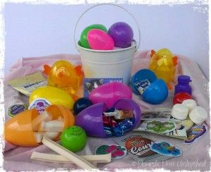 Domestic Diva: Easter Egg Hunt using Plastic Eggs