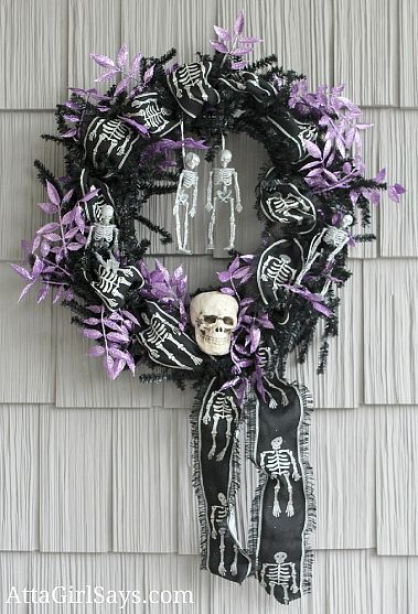 Festive Fall and Spooky Halloween Front Porch Decor