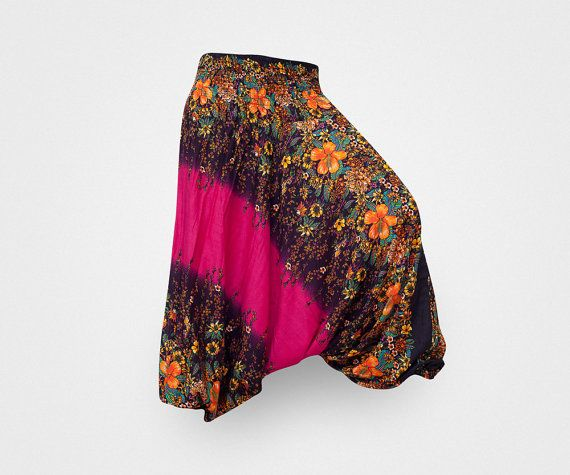 Harem Pants / Baggy Pants / Aladdin Pants / Yoga #handmade #harempants #fashion #style #shopping #adorable #fun #love #cute  #like #instagood #instalike #TagsForLikes #Etsy #namaste #zen #OM #meditation #yoga #inspiration #yogapants