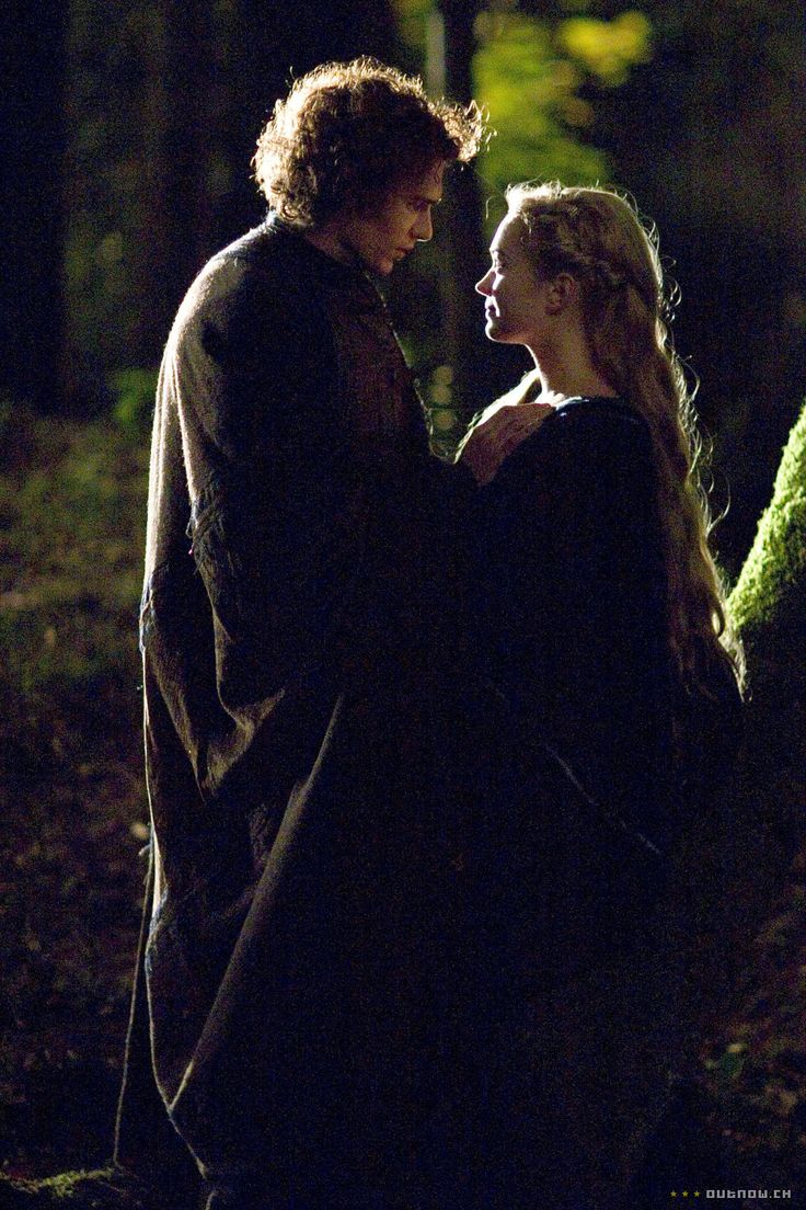 Tristan and Isolde - James Franco and Sophia Myles in Tristan & Isolde (2006).