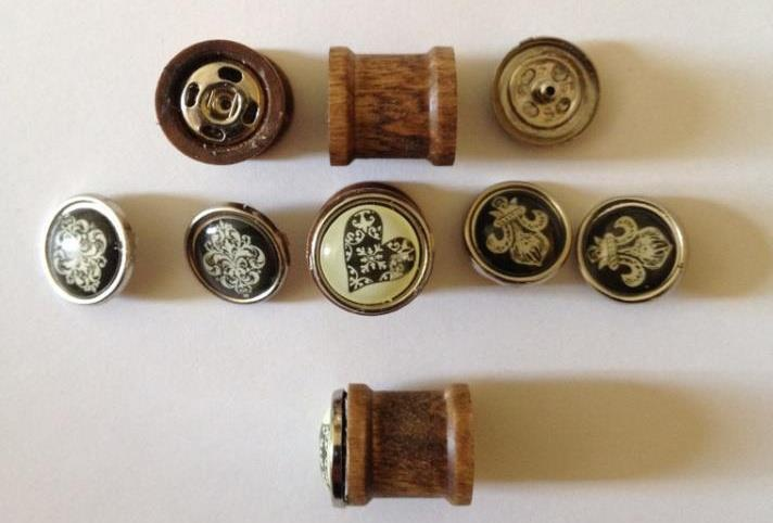Looking for more faces to put on your Ever-Changing Plugs, well look no further! Just choose how many additional pairs you would like and contact me with the information. Enjoy your free shipping. PeaceFree Ships, Bright Ideas, Ever Change Plugs, Jewelry Handcrafted Wooden, Interchangeable Face, Wooden Plugs, Addition Pairings, Lisa Eddie