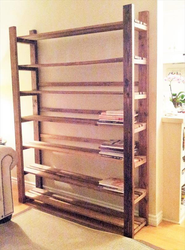 DIY Rustic Pallet Bookcase   #Pallet #Furniture DIY