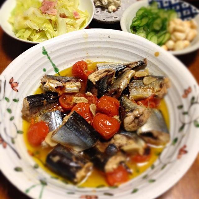 Gary Momoa: 秋刀魚ピリ辛煮 キャベツとベーコン炒め いぶりがっこクリームチーズあえ 胡瓜とお麩の酢の物