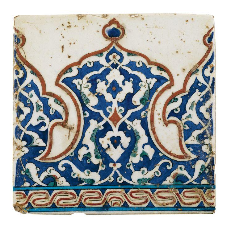 A Polychrome Iznik Tile with Interlacing Split Palmettes, Turkey, 16th Century - Sothebys