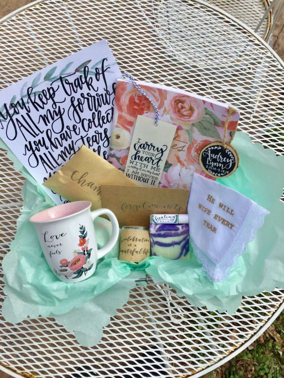 Sympathy Gift Basket (Large); Bereavement Gift; Grief Care; In Memory of Gift; Comfort Gift; Thinking of you Gift; Funeral Gift; Condolences