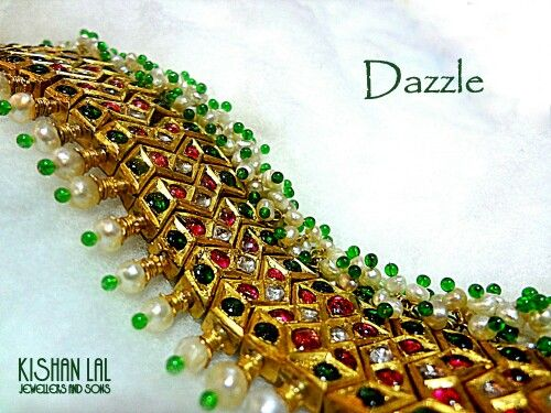 Buy a jewelry that dazzles you .....