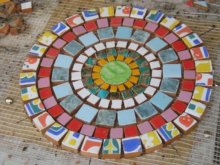 Mur-Als. Mosaiquismo. Trencadís, Ceras.: ....mandala trencadís... ......mandala trencadís, ...