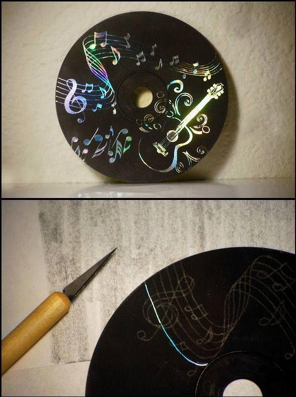 Il vous faudra : – Un CD – De la peinture acrylique noire ou toute autre couleur de votre choix – Un crayon de papier – Un petit scalpel pour gratter la peinture C'est à vous ! – Idée trouvée sur Facebook