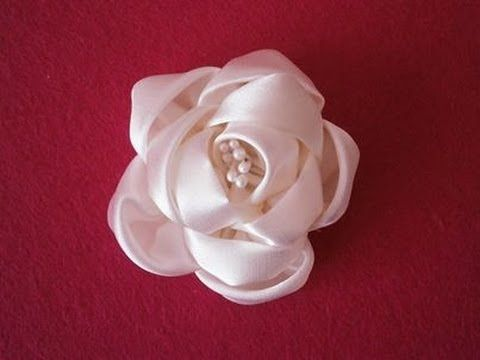 Video Tutorial - How to make kanzashi flower, DIY,Tutorial,easy,fabric flowers