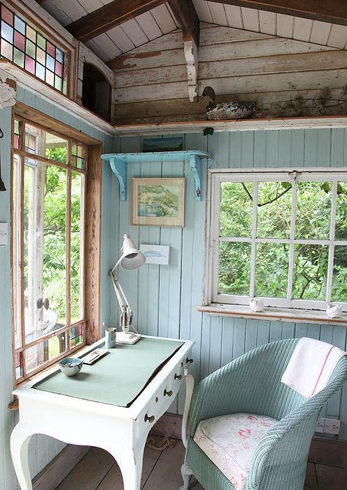 houseofturquoise: Eastcliff Summerhouse: I was delighted to find this cute cottage on sfgirlbybay! Another gem from Light Locations, this little summerhouse is situated on a pond in the Isle of Wight. Ever since I was little I've wanted my own little secluded cottage in the woods, just waiting for me to escape to. This one is perfect!