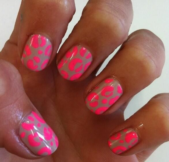 Nude and neon leopard combo! Nails by Michelle Humphrey