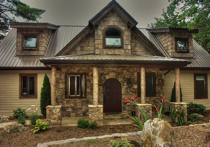 Mountain rustic home natural stone poplar bark accents for Houses with stone accents