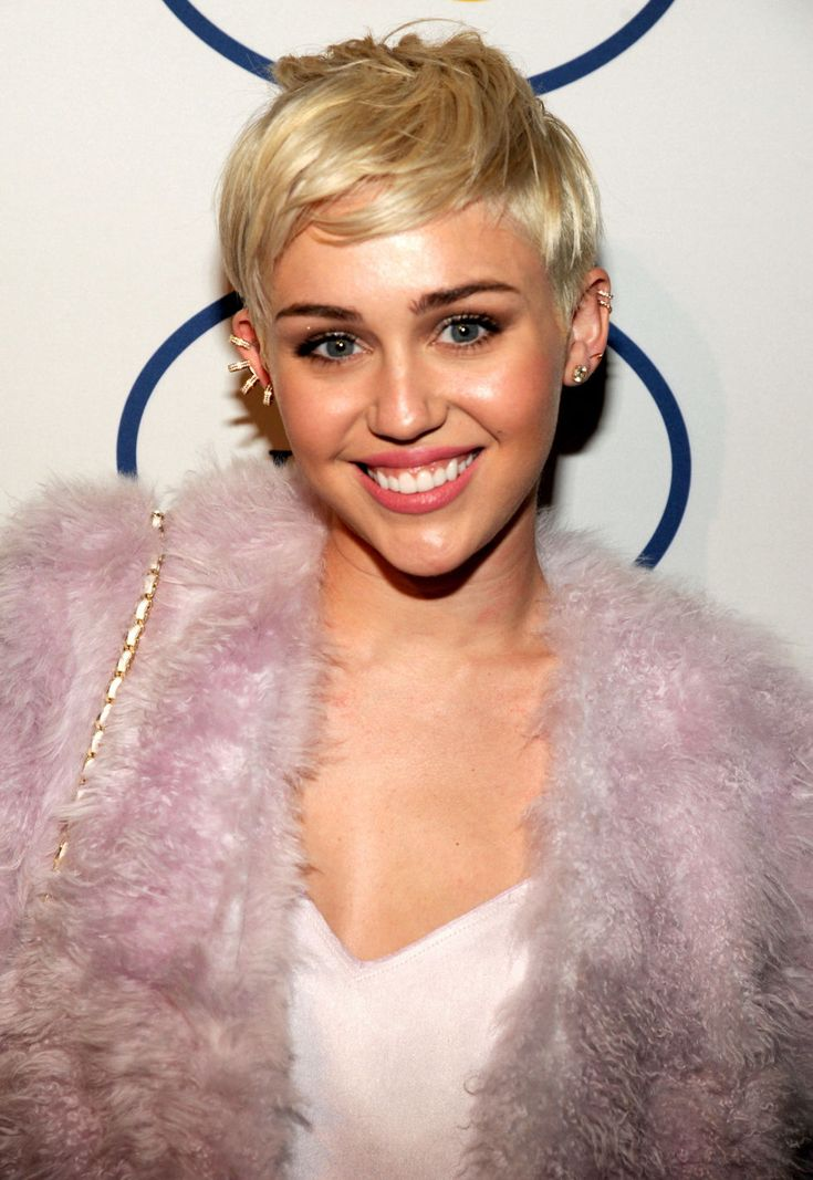 Short Hairstyles and Haircuts from Celebrities