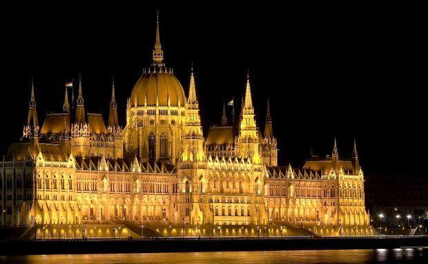 Parlamento húngaro, Budapeste, Hungria                                                                                                                                                                                 Mais