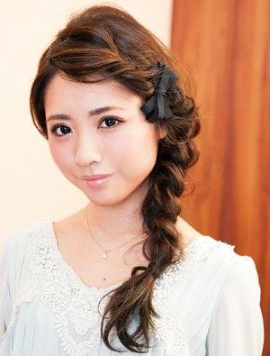 前髪&くずしテクで三つ編みヘアをオシャレにアップデート - ヘアスタイルを探す | 愛され女子のヘアカタログ