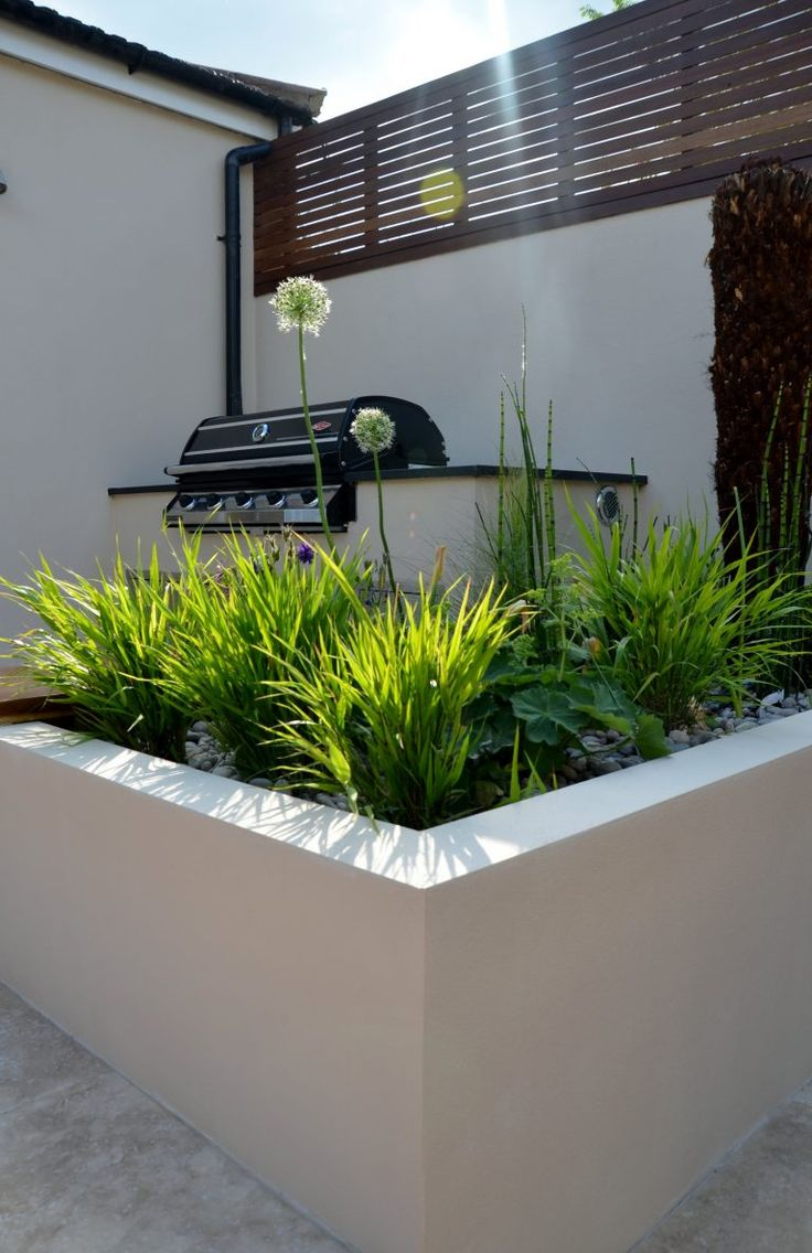 Chic modern garden design in chelsea by declan buckley with steps and - Share Tweet Pin Mail Modern Garden Design Outdoor Room With Kitchen Seating Hardwood Screen London Designer
