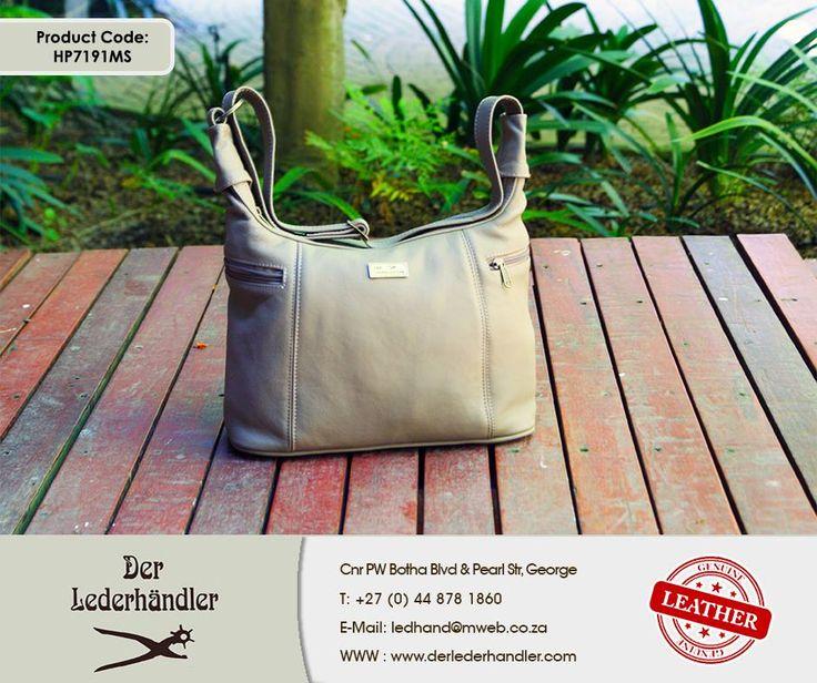 Give your valentine the perfect gift with a Mousse Large Lana genuine leather handbag from #DerLederhandler. For more information, enquire now at http://anapp.link/5v3 (Desktop) or http://anapp.link/5v4 (Mobile) or visit our website: http://asite.link/5we . #genuineleather #handbag