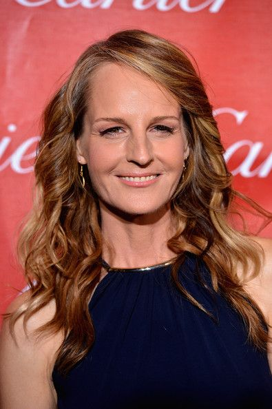Helen Hunt Helen's sun-streaked espresso curls were the perfect Cali-inspired look for a Palm Springs event.