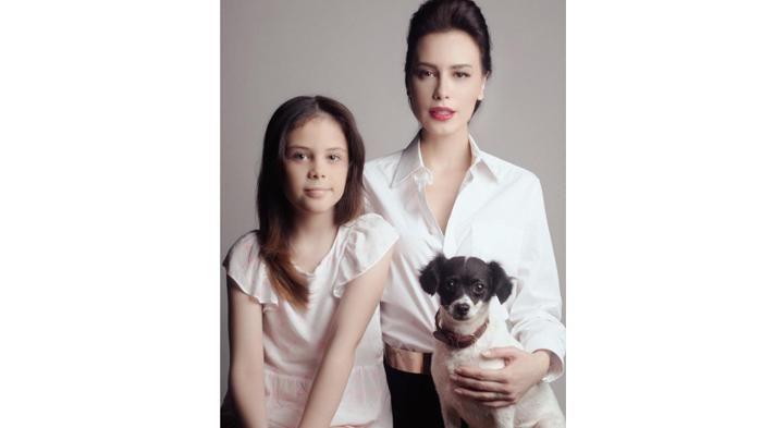 Instagram Sophia Latjuba - Rayakan Natal, Manuella Tulis Surat untuk Santa Claus