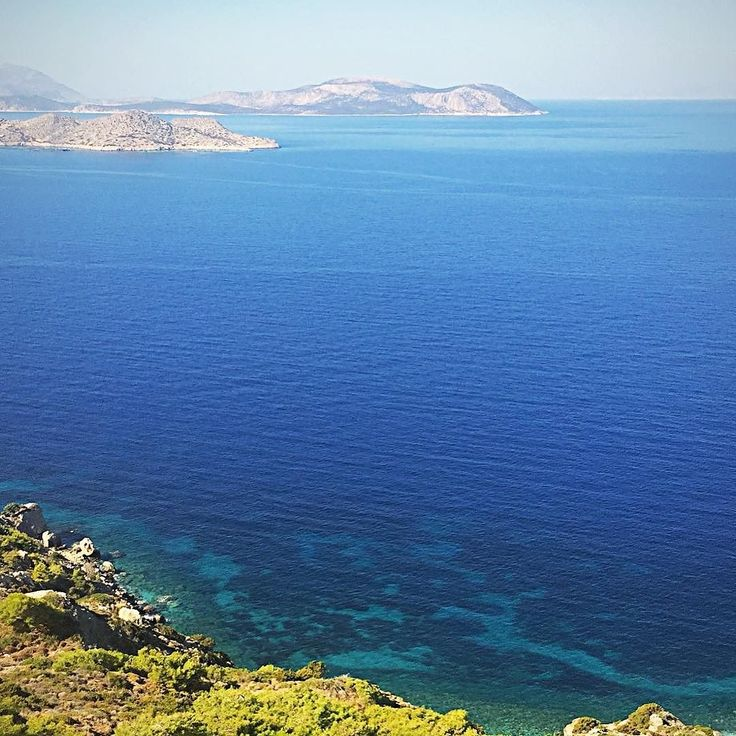 View to the endless blue of #rhodes  #escape2rhodes #journeygreece #sheratonrhodes #castlekritinia #katerinastraveldiary #travel #passport #visitgreece #discovergreece