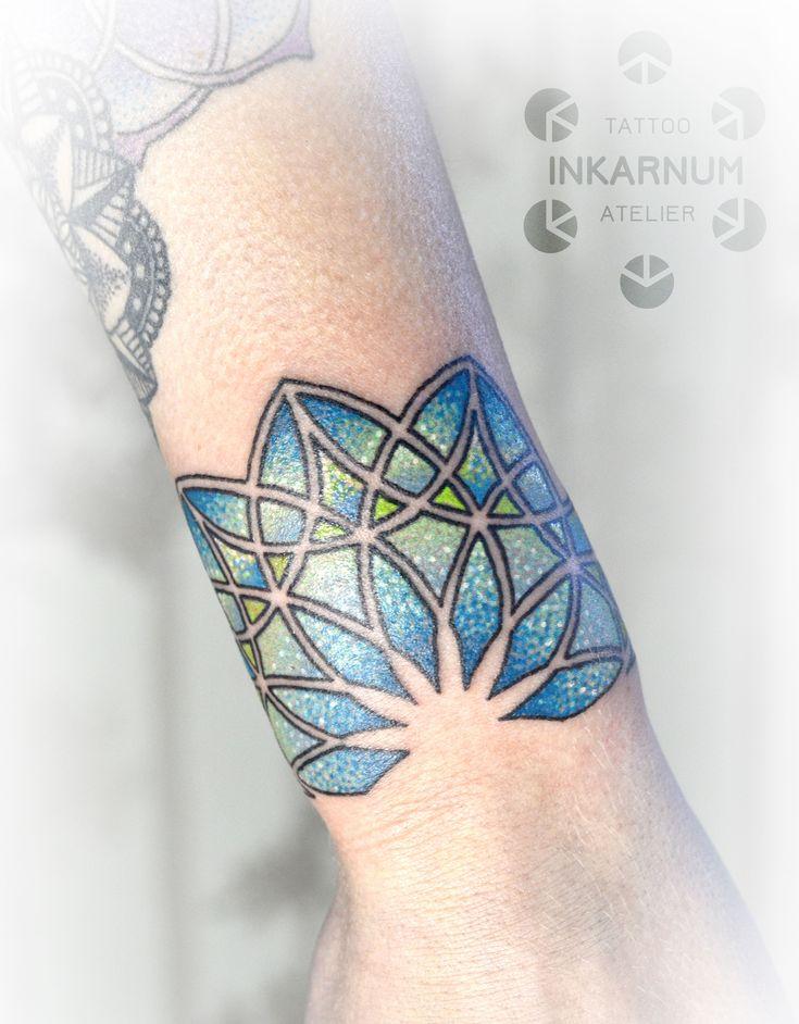 #mandala #mandalatattoo #dotwork #dotworktattoo #tattoo