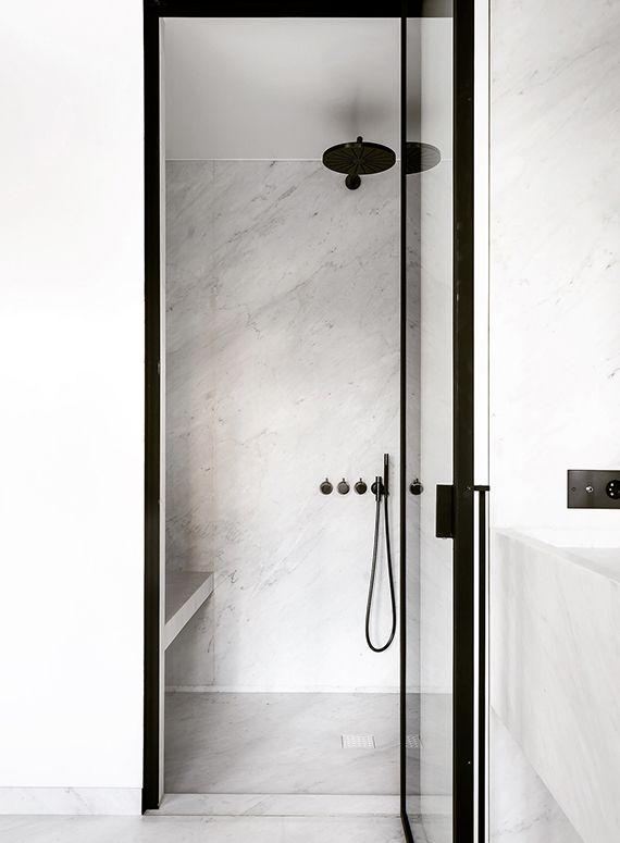 Contemporary sophisticated home in Antwerp. Design: Nicolas Schuybroek Architects, photos: Julien Claessens / Thomas de Bruyne