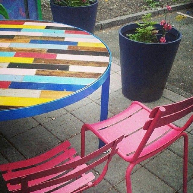 Bord #plank i Ø130 med epoxyfinish, hva synes dere? #drivved #drivvedland #gjenbruksmaterialer @datteratilhagen #datteratilhagen