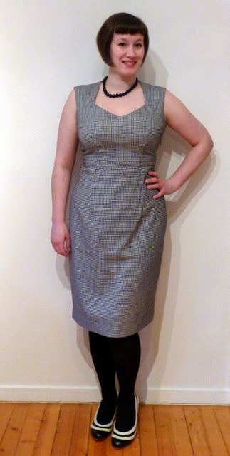 Houndstooth dress with sweetheart neckline made with my self-drafted pattern.