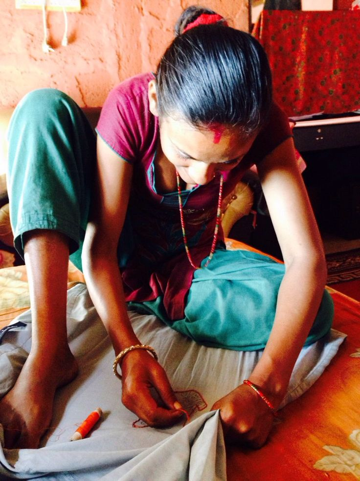 VILLAGE WOMEN IN    S.A.D.P NEPAL... CREATING WITH BUMBLEBEE FACTORY PORFIT RETURN DESIGNS FOR ECONOMIC EMPOWERMENT,.