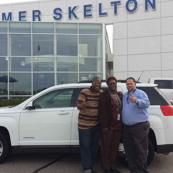 Denise Grant reviews the 2012 GMC Terrian she purchased from Homer Skelton Ford in Olive Branch MS